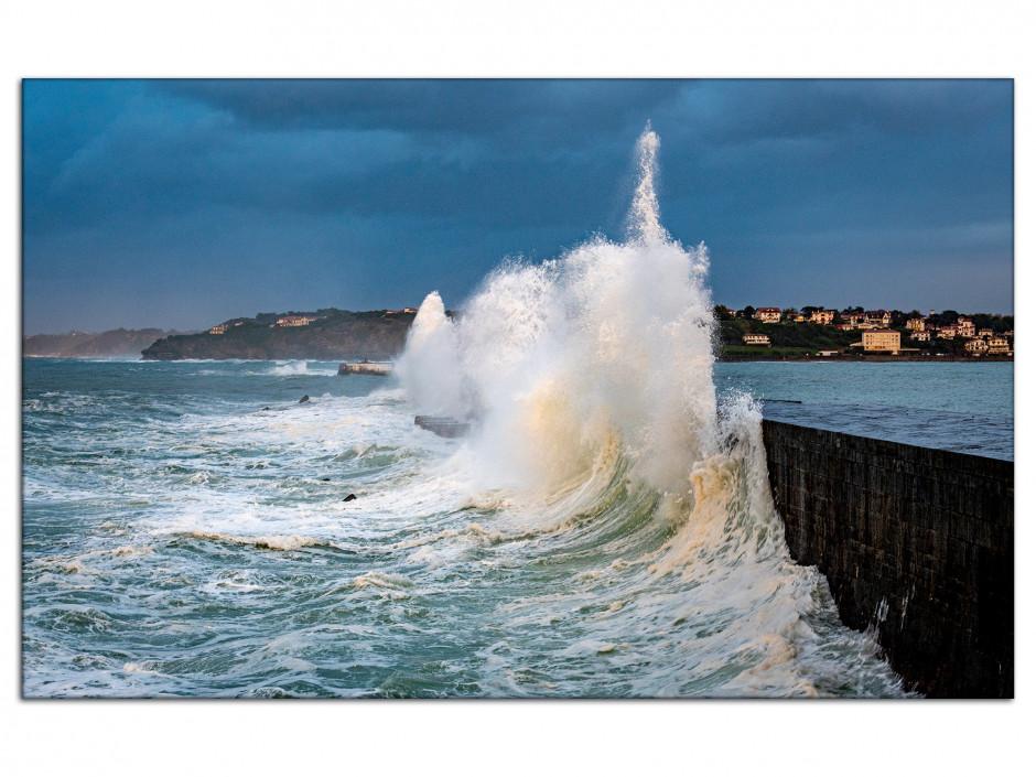 Tableau aluminium Grosse vague dans le Pays Basque