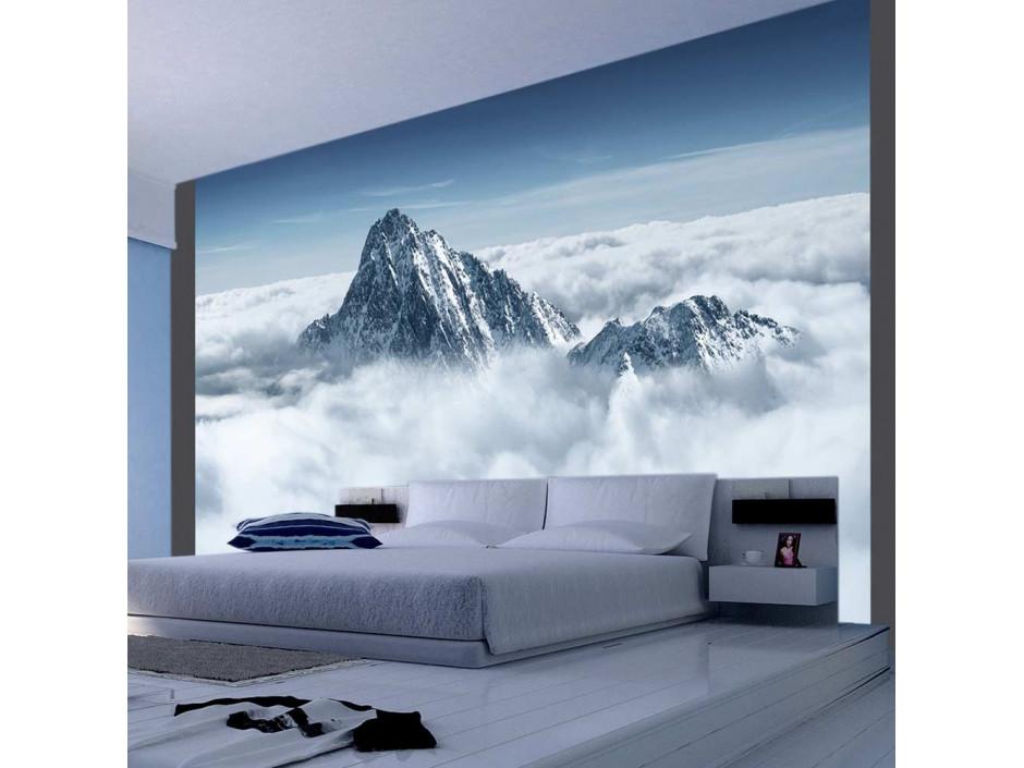 Papier peint - Montagne entourée de nuages